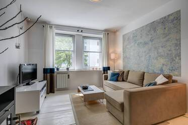 Exclusively furnished apartment with internet, near Goetheplatz
