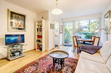 Very quiet, nicely furnished 1-room apartment with garden and terrace in Munich Schwabing