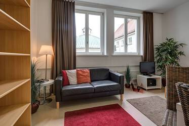 Top location in Munich-Lehel: Beautiful 1-room apartment in the sidewing of the St. Anna convent