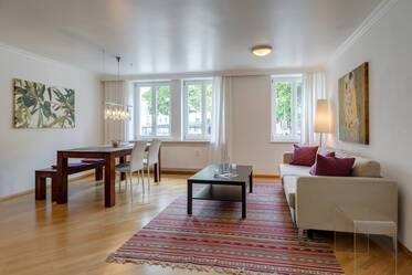 Exclusively furnished 2-room apartment near Rosenheimer Platz