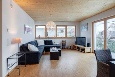 Beautifully furnished 4-room maisonette in Munich Waldtrudering