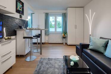 Corporate clients only: High-quality furnished 1-room apartment in very good location Munich-Maxvorstadt