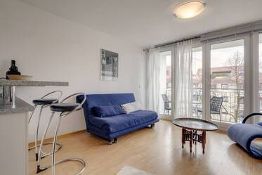 Sendling: studio apartment with balcony for rent