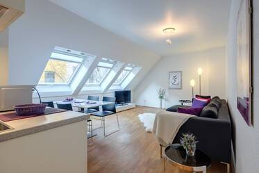 Beautifully furnished 3-room apartment in Munich Schwabing