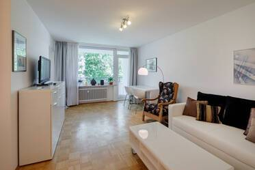 Beautifully furnished 1.5-room apartment in Munich Bogenhausen