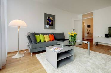 Sunny 2-room apartment in quiet location in Munich-Obermenzing, 2 minutes from S-Bahn line S2
