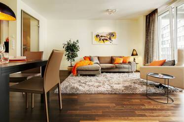 Premium: exclusive, high-quality furnishings 3-room apartment in Munich Maxvorstadt