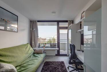 Central Haidhausen: small apartment with balcony