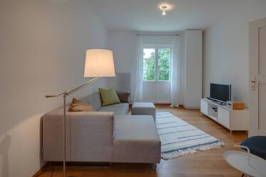 High-quality furnished 2-room apartment with balcony in Munich-Schwabing