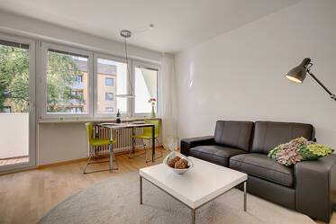 Beautifully furnished, modern 2-room apartment with WLAN, close to the S-Bahn station Giesing