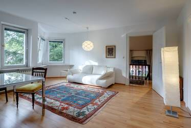 Lovely, bright furnished 2-room attic apartment with large roof terrace in city mansion, Munich-Pasing