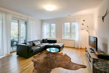 Very beautiful, modern style furnished 3-room apartment with balcony, parking in Munich-Haidhausen
