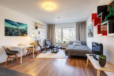 Nicely furnished apartment  Nymphenburg