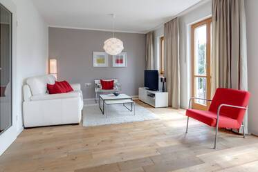 Modern 2.5-room apartment with balcony in Munich-Forstenried