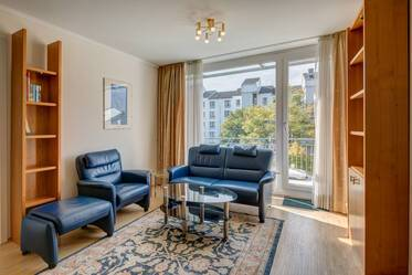 Nicely furnished 2-room apartment with roof terrace in Munich Oberföhring