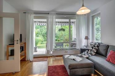 Beautifully furnished apartment with garden 	  Oberföhring