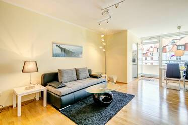 Nicely furnished 2-room apartment in Munich Ludwigsvorstadt