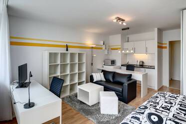 Furnished apartment near U3 Machtlfingerstraße