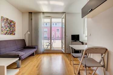 Munich-Pasing: beautiful funished apartment with washing machine, Internet, flat screen and cable-TV