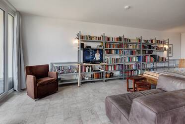 Light-flooded, beautiful 2-room apartment in Munich-Haidhausen, near Rosenheimer Platz