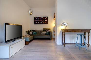 Beautifully furnished 2-room apartment in Munich