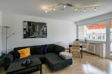 In the western outskirts/M-Germering - Nicely furnished 2-room apartment with balcony