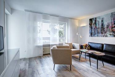 Bright, nicely furnished 3-room apartment in Munich-Nymphenburg, 5 minutes from the S-Bahn