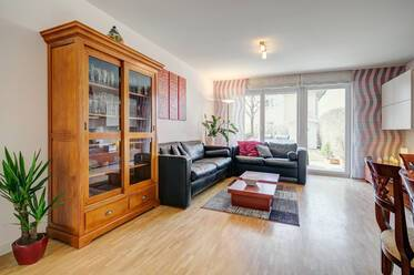 Near Infineon, EADS,BSH: beautiful 4-room apartment with terrace and garden in Munich-Unterhaching