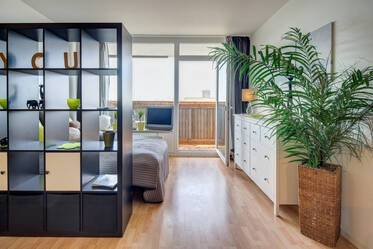 Bright 1-room apartment near Olympiapark