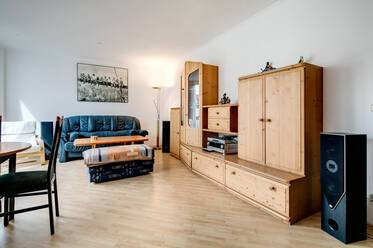 Munich-Thalkirchen, near the Flaucher: furnished 2-room apartment with internet included