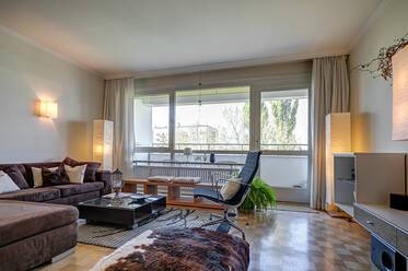 Beautiful 2-room apartment directly at the Luitpoldpark, near U-Bahn Petuelring