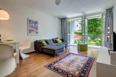 Quiet and sunny apartment in good residential area in Munich Schwabing