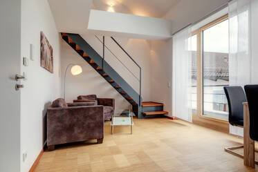 Modern, high-quality maisonette apartment with WiFi and balcony