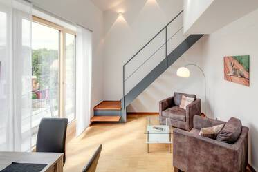 Unterschleißheim/Lohhof - Living on two floors, modern 1.5-room apartment