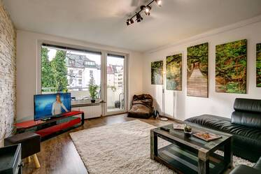 Munich-Maxvorstadt near TU and LMU, 2-room apartment with internet and balcony