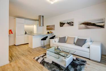 Beautiful apartment near Goetheplatz, U-Bahn lines U3 and U6