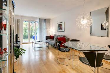 Friendly and quiet 2-room apartment with large terrace in Munich Thalkirchen, near Flaucher
