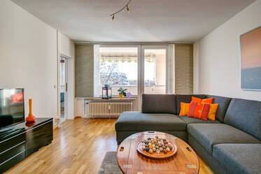 3-room apartment with like new furniture in Munich-Schwabing at Luitpoldpark