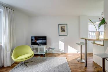 Like new furnished apartment, young and moderin in Munich Au-Haidhausen